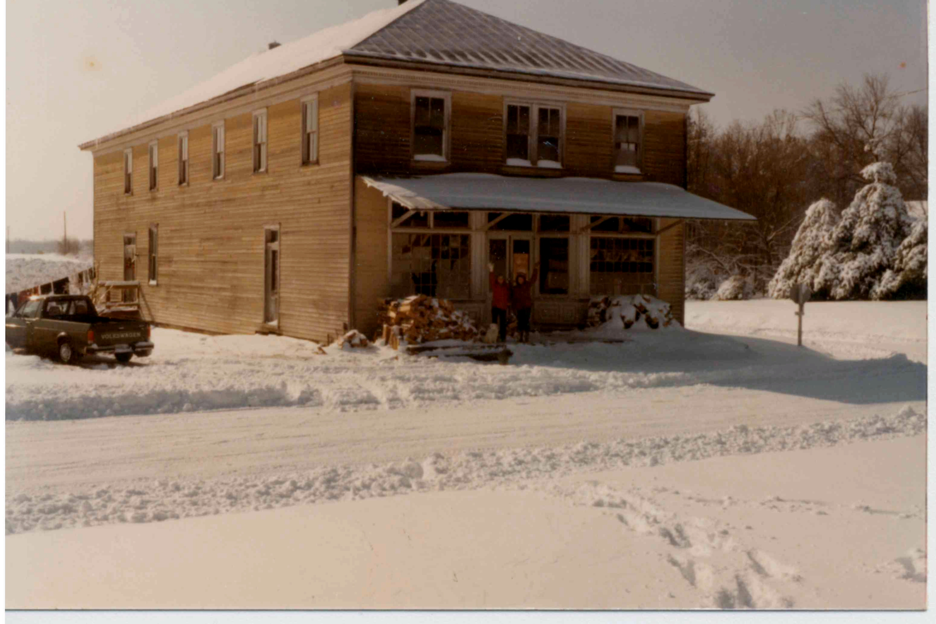 Snow in the 80's, no trees behind the house!